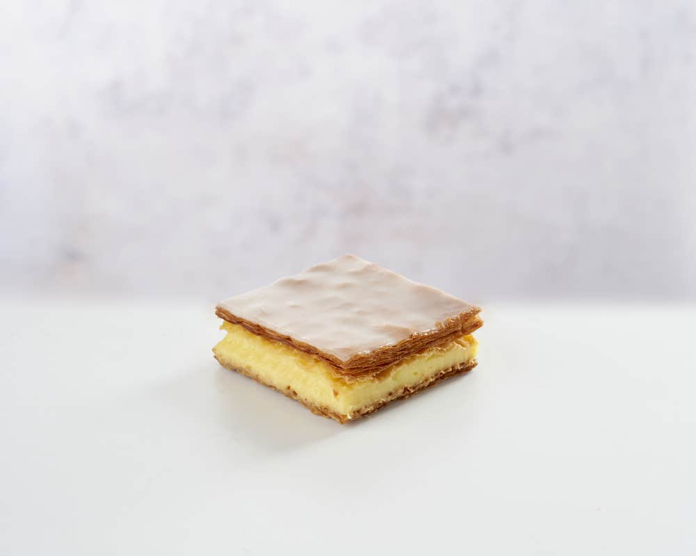 Millefeuille - Slice front view