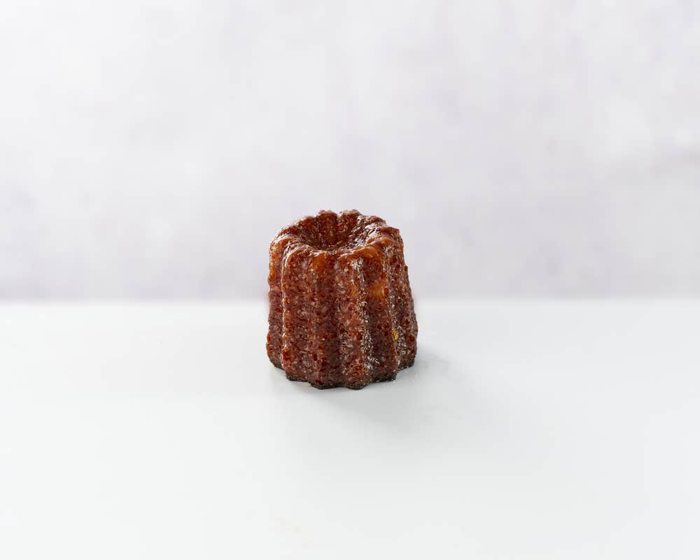 Canele front view